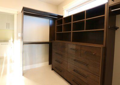regina-custom-design-closets-6